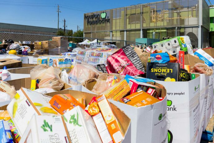 CAMS Contributes to Local Food Bank